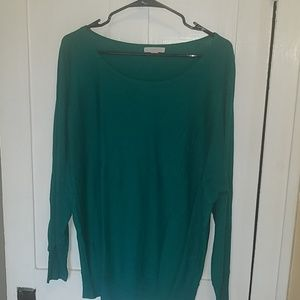 Long sleeve green sweater